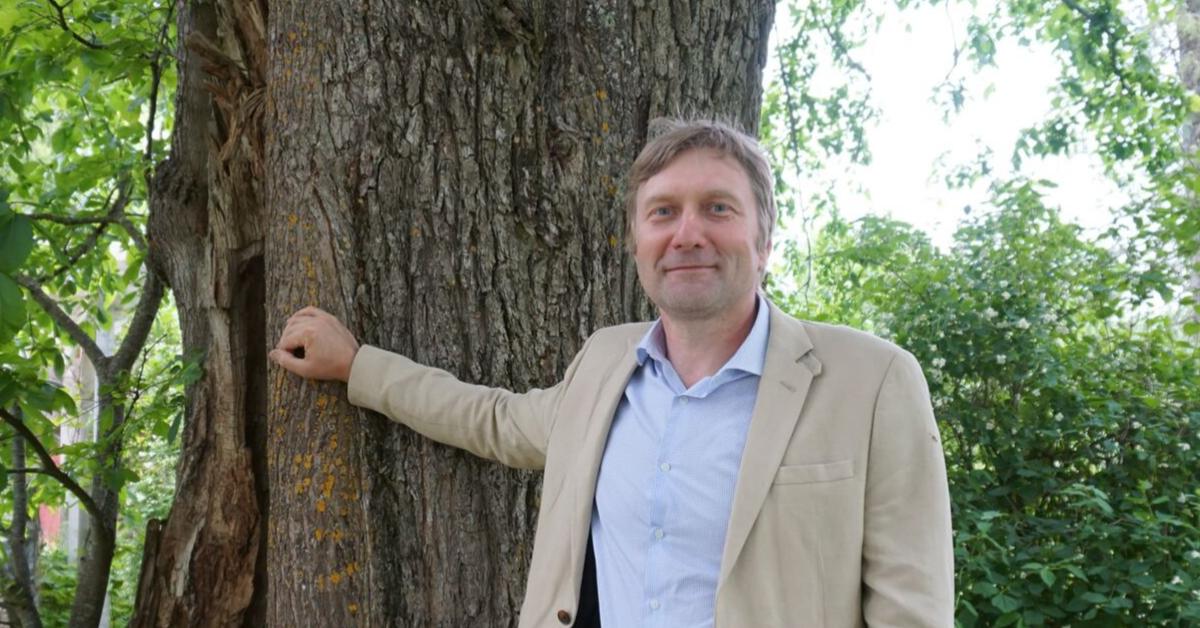Postimehe intervjuu Ando Eelmaaga